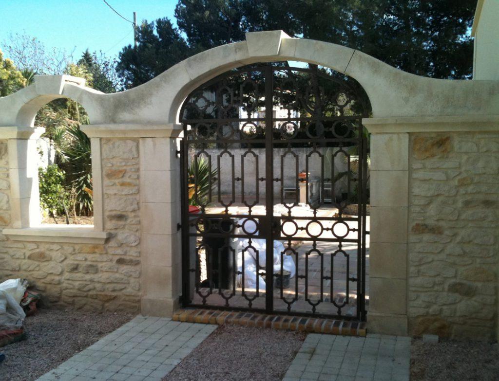 Décoration portail d'entrée (13) – Méga Pierres